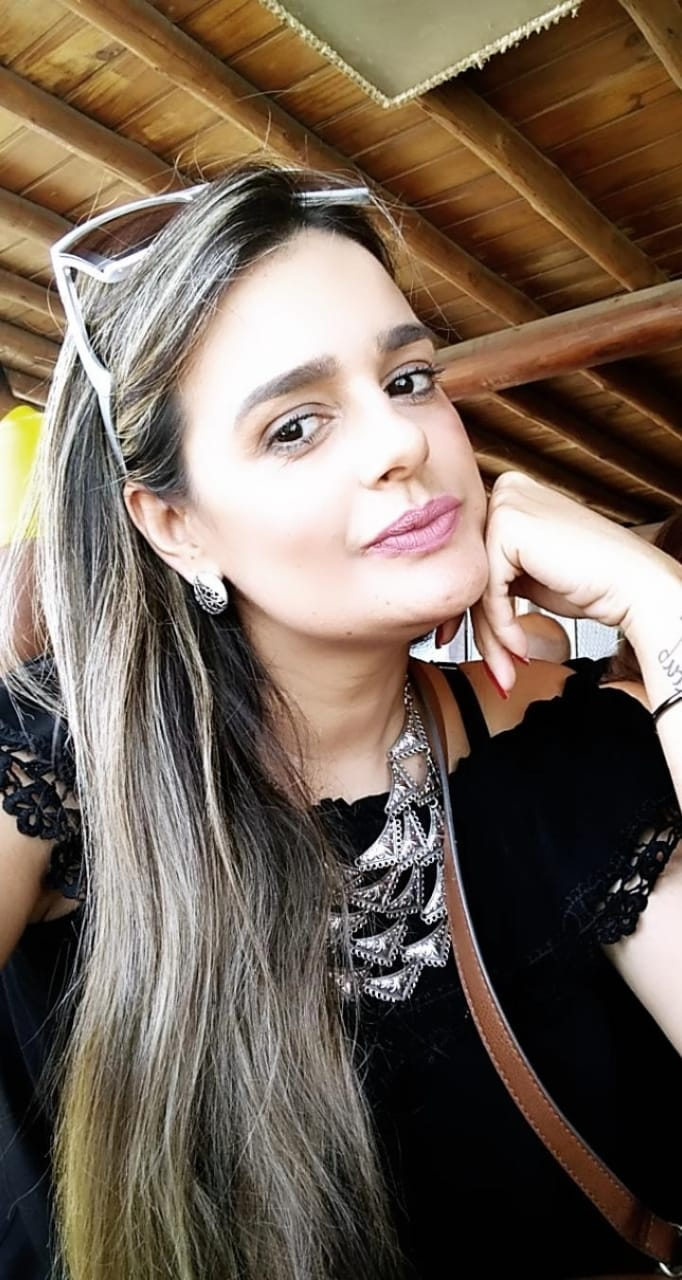 Vaneska Cristine Araújo